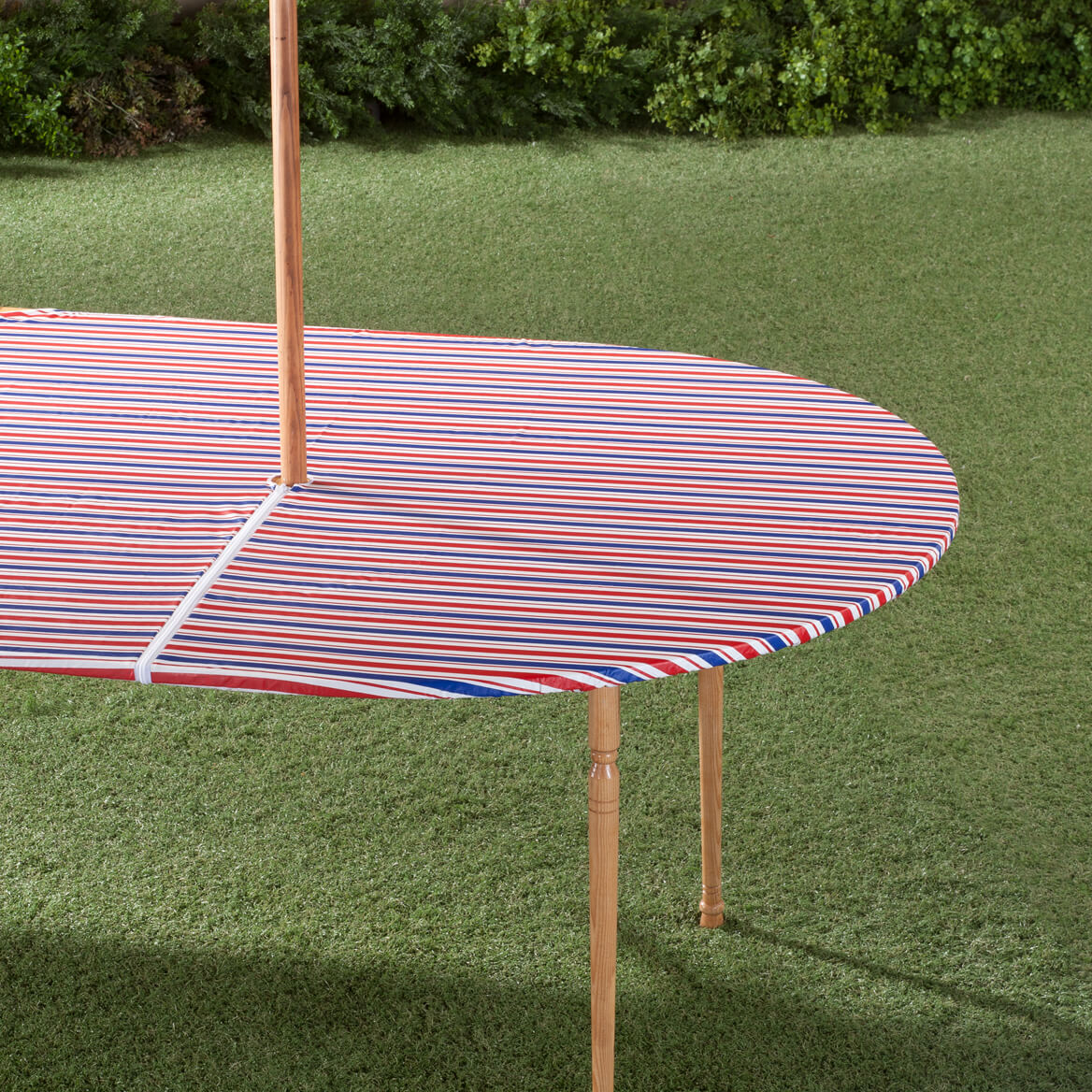Patio Umbrella Covers With Zipper: Patriotic Zippered Elasticized Umbrella Table Cover