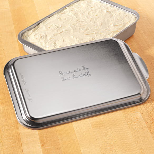 Personalized Cake Pan With Lid - View 1