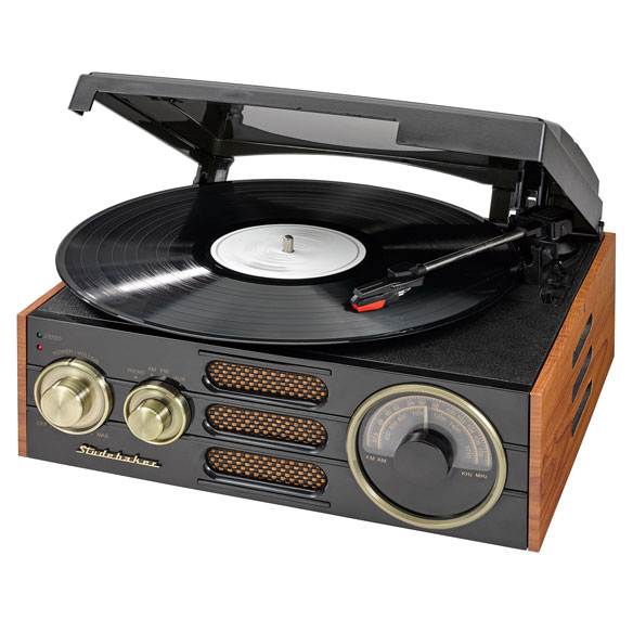 Studebaker 3-Speed Turntable with AM/FM Radio